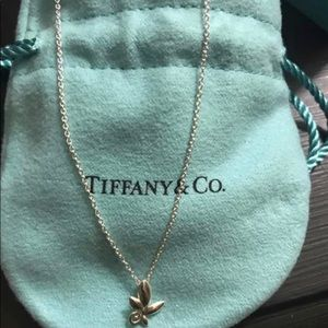 Jewelry - Tiffany and co Olive leaf pendant necklace